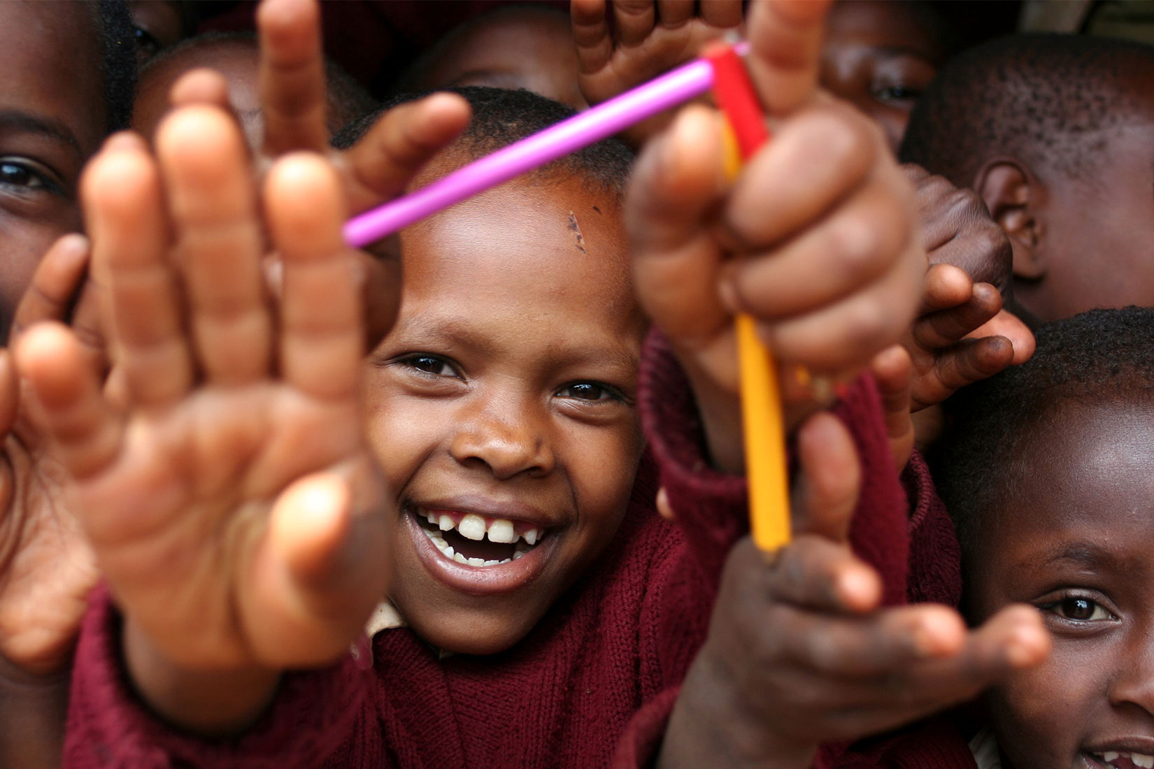 Serve Learn Happy Student Children Reaching Conflict Resolution